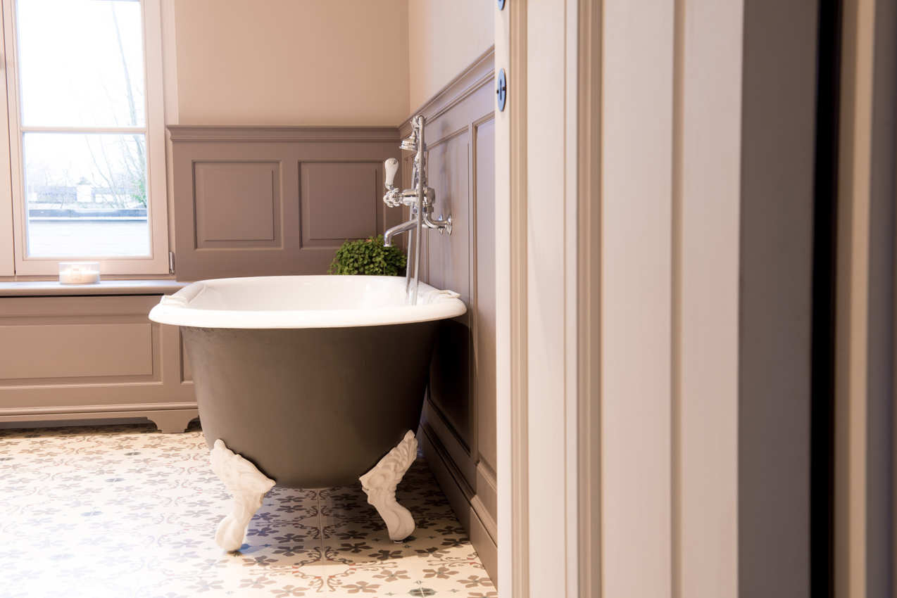 The benefits of a cast iron bathtub – Kenny & Mason